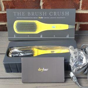 Dry Bar Brush Crush Heated Straightening Brush